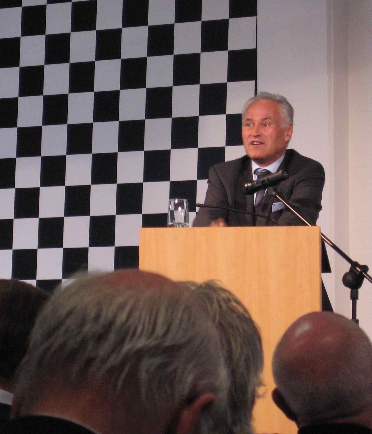 Erwin Huber fordert Entlastungen für Familienbetriebe