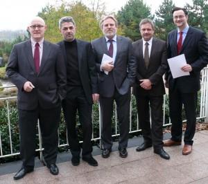 v.l.n.r. Dr. Andreas Siefke (Vorstandsmitglied FCP), Wilfried Lülsdorf (Stellvertretender Vorsitzender FCP),  Manfred Hasenbeck (Vorsitzender FCP), Jürgen Wagishauser (Vorsitzender f:pm.), Dr. Nikolai A. Behr (Vorsitzender CTVA)