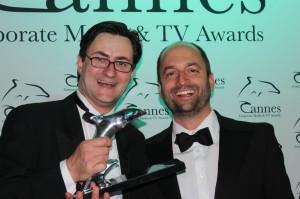 Produzent Dr. Nikolai A. Behr und Regisseur Niko Jäger feiern den Award